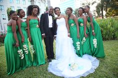 Tuxedos And Green Tie | ... Tuxedo-suti hii, Shirt and tie vyote kapata Wedding Bells. Vya