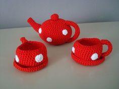 Faire un service à thé au crochet, avec tuto dedans!