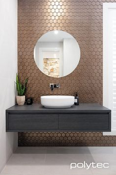 Wohnungseinrichtung deko Vanity in Estella Oak Woodmatt. Saving On Home Energy Costs These days, a m Bathroom Tile Designs, Bathroom Design Luxury, Modern Powder Rooms, Washbasin Design, Powder Room Design, Bathroom Photos, Bathroom Gallery, Toilet Design, Bathroom Styling