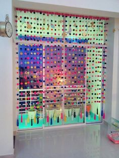 Pom pom curtain…love it.❤❤ Pom pom curtain…love it. Pom Pom Curtains, Beaded Curtains, Diy Curtains, Pom Poms, Bedroom Curtains, Diy Para A Casa, Diy Casa, Pom Pom Crafts, Boho Diy