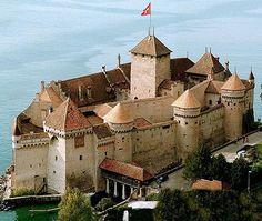 Château de Chillon, Veytaux, Montreux, Switzerland - www.castlesandmanorhouses.com