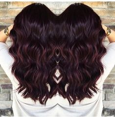 Pelo, Color Pour, Color Ig, Burgandy Balayage Hair, Black Burgundy Hair, Auburn Balayage Dark, Dark Red Haircolor, Dark Plum Brown Hair, Dark Brown Bayalage