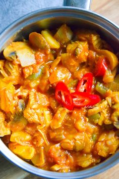 Healthy Dishes, Chana Masala, Curry, Ethnic Recipes, Poland, Food, Blue, Diet, Curries