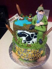 This was made by Ernie's neice.  Wow!!!!!  BaileighCakes- Duck Dynasty Cake