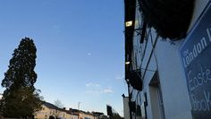 Spot The Day Moon -:- before zooming in.