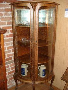 Oak Double Door Bow Front Corner China Cabinet   C1900