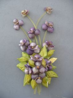 VINTAGE SEA SHELL VIOLET FLOWER LARGE BROOCH