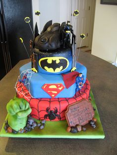 pretty neat cake but if only it was only batman and robin