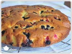 Gâteau moelleux mascarons fruits rouges