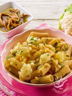 How to Make Pasta with Cauliflower My Recipes, Pasta Recipes, Gourmet Recipes, Rigatoni, Korean Kimchi, Cauliflower Pasta, Sports Food, Japanese Sushi, Pasta Salad Italian