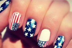 More patriotic nails we love