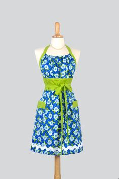 Cute Kitsch Retro Apron - Handmade Full Womens Chef Apron in Royal Blue and White Daisies with Lime Green Cute Kitchen Apron