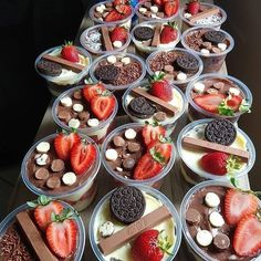 Bakery Recipes, Snack Recipes, Dessert Recipes, Snacks, Party Food Buffet, Candy Drinks, Dessert Cups, Food Platters, Sweet Tarts