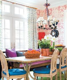 Jeffrey Bilhuber, eclectic style, kitchen wallpaper, mixed patterns