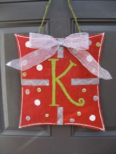 Okay, I'm making this! This is just too cute! And it's a 'K' :D