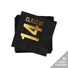 New Graduation Party Decoration Ideas! #graduationpartyideas #peartreegreetings #graduation #graduationnapkins