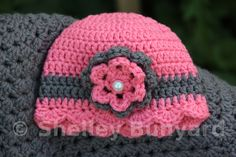 IMG_3886  on the Mad Hooker. Granny square and ribbon baby blanket and hat.