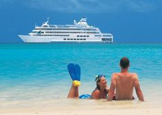 Island hop in Fiji with Captain Cook Cruises, featuring 3-, 4-, and 7-night cruises around the Mamanuca and Yasawa Islands.  #fiji #honeymoon