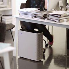 Blueair Sense+, is an intelligent air purifier that combines cutting-edge technology with modern design. It certainly looks good.