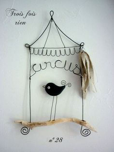 Uccellino di fil di ferro