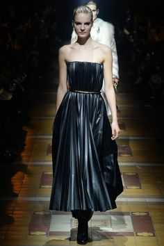 One of my favorite looks from Lanvin Fall 2014 Ready-to-Wear Collection (Worn by Amira Casar)