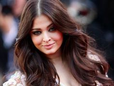 Aishwarya Rai Bachchan: Even though Aishwarya Rai Bachchan has not been seen on the silver screen post baby, she is regular in news columns for her red carpet appearances and brand endorsements. As of 2013, the actress is estimated to have earned Rs. 13.8 crores annually.
