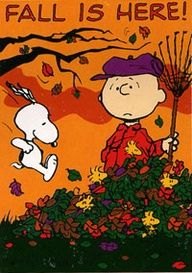 """FALL IS HERE""!! Charlie Brown and Snoopy <3"