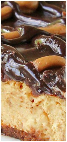 Fabulous Hot Fudge Peanut Butter Pie ~ Creamy and decadent. No Bake Desserts, Delicious Desserts, Dessert Recipes, Pie Recipes, Hot Fudge Peanut Butter Pie, Good Pie, Pie Dessert, Sweet Recipes, Sweet Treats
