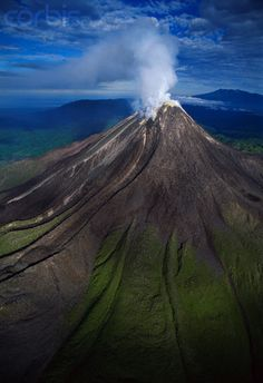 Mt. Bagana, Papua New Guinea | UFOREA.org | Travel with heart.
