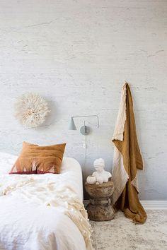White Classic wall Bedroom Design Inspiration, Room Inspiration, Interior Inspiration, Modern Bedroom, Bedroom Decor, Relaxation Room, Bathroom Collections, Interior Decorating, Interior Design