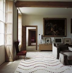Handmade rugs designed by your favourite designers or our in-house design studio. The Rug Company makes luxury, modern rugs using traditional craftsmanship. Rug Company, Classic Interior, Home Decor Fabric, Home Rugs, Modern Rugs, Home Lighting, Rugs On Carpet, Carpets, Light In The Dark