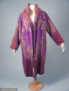 Opera coat, ca 1925, Augusta Auctions