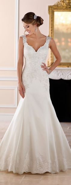 Wedding Dress by Stella York Spring 2017 Bridal Collection #weddingjewelry