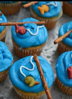 Fishing cupcakes- making these Friday for my husband's official start of summer break!