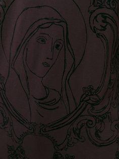 Image issue du site Web https://cdnb.lystit.com/photos/b1c1-2015/06/08/dolce-gabbana-red-virgin-mary-print-t-shirt-product-3-407255611-normal.jpeg