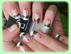 Merry Xmas nails! I love it <3