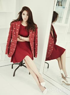 InStyle Korea October 2013 | j contentree M&B magazine | 박신혜 Park Shin Hye | 김서룡 KimSeoRyong Homme jacket, Time red knit onepiece, 지고르 chain bracelet and bangle, Vastmas Design bangle, white stiletto heels