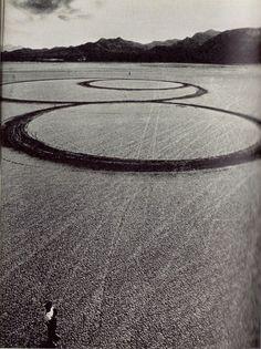 Land sculptor - Michael Heizer.