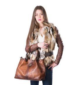 Attavanti - Pratesi Italian Aged Leather Bucket Hobo Handbag - Brown, £309.00 (https://www.attavanti.com/luxury-italian-leather-designer-handbags/pratesi-italian-aged-leather-bucket-hobo-handbag-brown/)