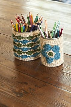 Crochet upgrade for tin cans.  Cute!