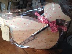 Duck cheeseboard and knife set. Wrapped £25.00