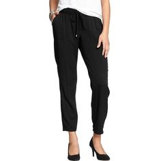 Old Navy Womens Drapey Twill Pants (17 CAD) ❤ liked on Polyvore featuring pants, black, petite, elastic waist pants, petite twill pants, petite trousers, relaxed pants and petite elastic waist pants