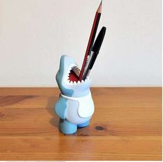 This Shark Pencil Holder is an Adorable Tabletop Accessory trendhunter.com