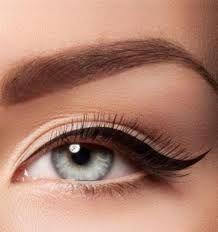 Brows3d en eyeliner