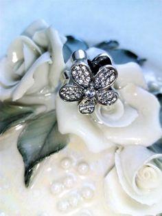 Flower Charm Charmed, Brooch, Jewellery, Bracelets, Earrings, Flowers, Ear Rings, Jewels, Stud Earrings