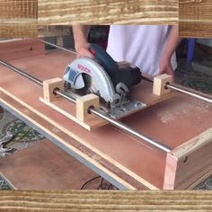 How to Build a from wood with woodworking plans! *not every pic or post is in the wood plans package video holz This was build by a from the usa ! Diy Projects Plans, Wood Shop Projects, Woodworking Projects Diy, Woodworking Jigs, Woodworking Furniture, Handyman Projects, Carpentry Tools, Unique Woodworking, Woodworking Equipment