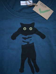 kitty print on T-Shirt silkscreen print of kitty - looks just like sirius