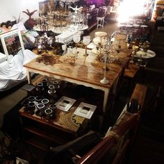 A Armazem Decor tem uma infinidade de peças para você decorar todo tipo de festa.Além das peças a empresa também monta e executa o projeto de decoração. Veja no Guia de Fornecedores: http://revistanovasnoivas.com.br/guia/item/armazem-decor/
