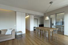 Living room, interior, tables, soggiorno, tavoli, interno, ristrutturazione, appartamento, cucina, porte scorrevoli, sliding door, glass door,
