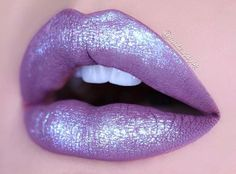 Make any liquid lipstick come to life with #DiamondCrushers Pictured here: CHOKE by @makeupbydg.
